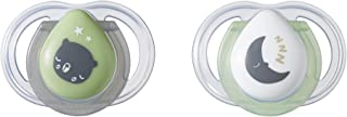 Tommee Tippee Newborn Night Time Pacifier, BPA-Free, Bottle Shapped Nipple, 0-2 Months, 2 Count (Colors May Vary)