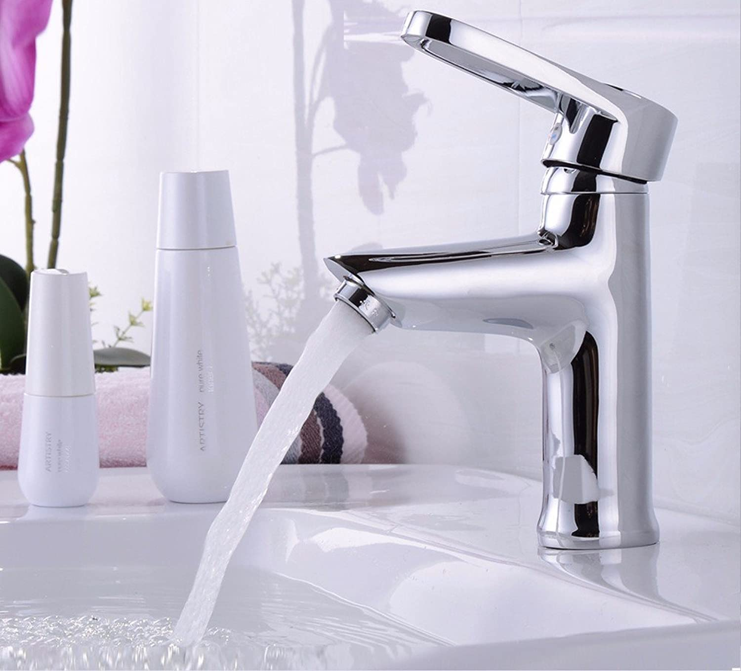 Hlluya Professional Sink Mixer Tap Kitchen Faucet Basin taps, full copper single-mixing of hot and cold water faucets, Single Hole Faucet