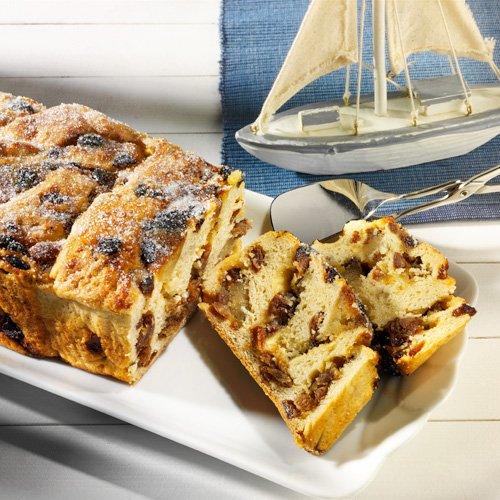 Schneckenkuchen Friesische Art, saftiger Kuchen mit Rosinen, Rum und Marzipan, 750g
