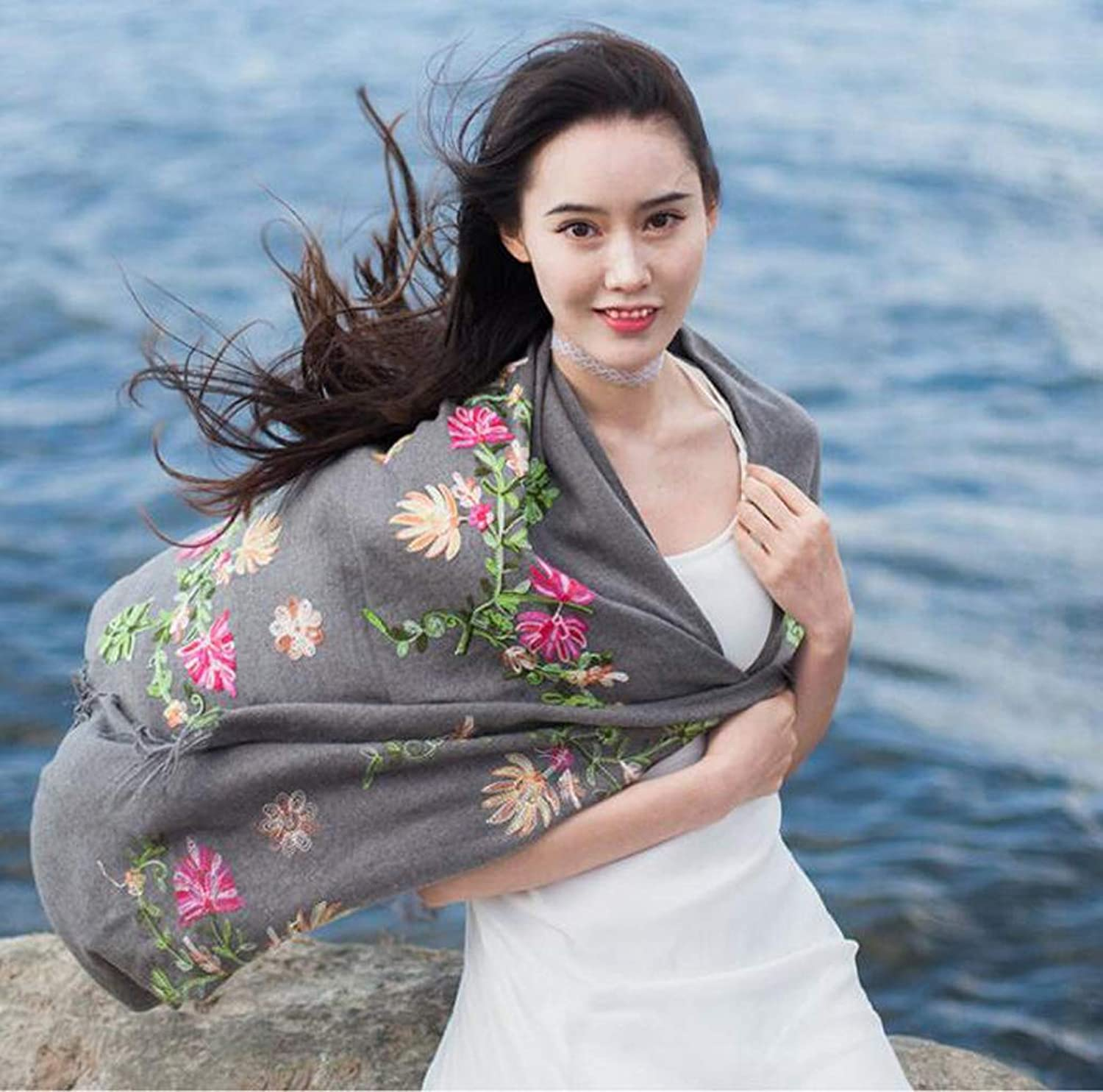 JUN Embroidered Flower Scarf Cashmere Women's Wild Shawl National Wind Thickening Dualuse Cloak (color   C)