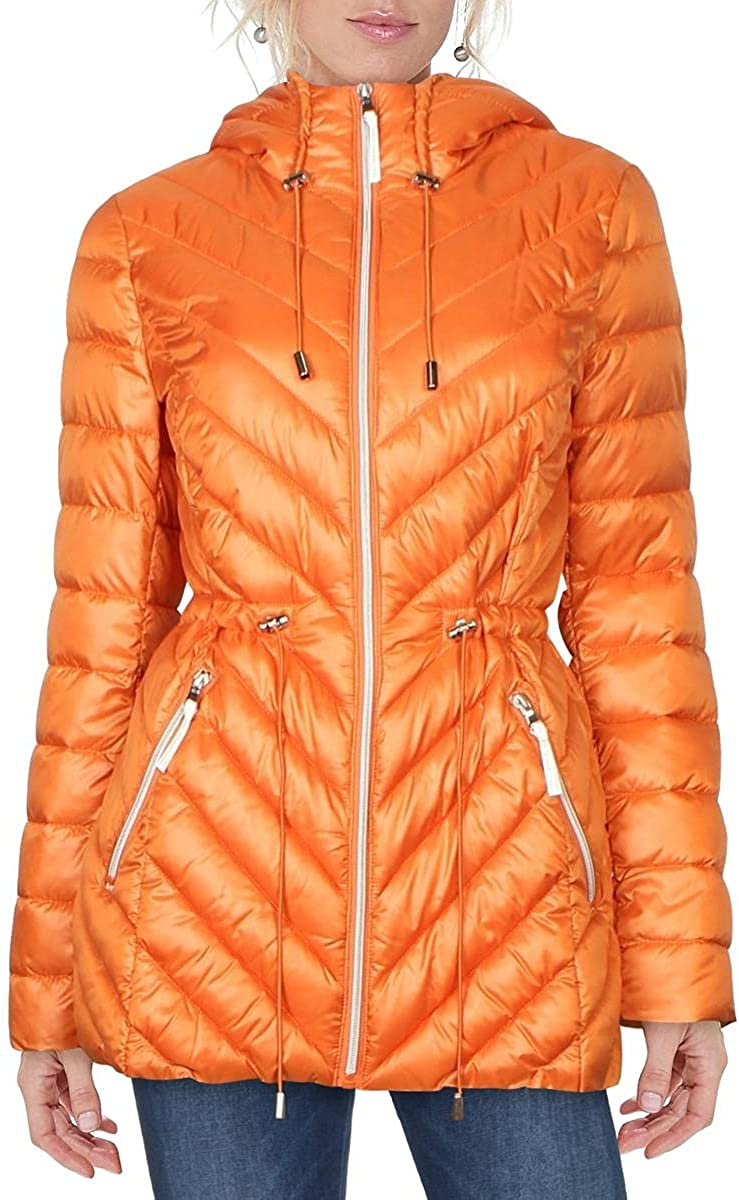 French Connection Women's Light Weight Chevron Quilted Anorak Packable at  Women's Coats Shop
