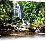 Wunderschöner tropischer Wasserfall Format: 120x80 auf