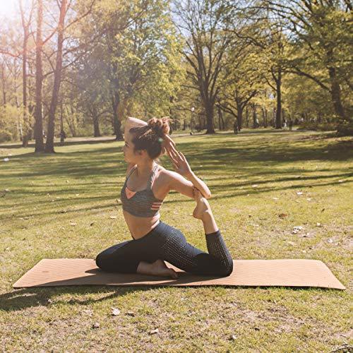 Navaris Esterilla de Yoga de Corcho Antideslizante - Alfombra para Entrenamiento de Gimnasia - Colchoneta de 183 x 61 x 0.5CM con Correa de Transporte