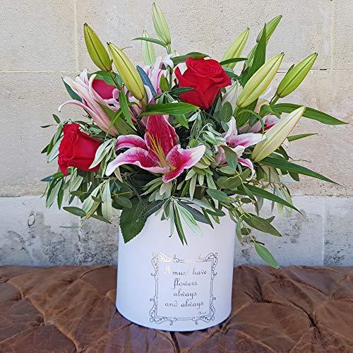 BOTANIC DESSIGN Ramo de flores natural MAGENTA de liliums y rosas rojas Elegante ramos de flores naturales ideal para regalar a quién más quieres.