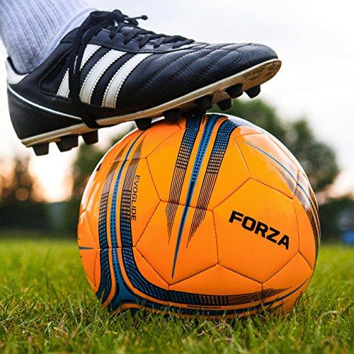 FORZA Balón de Fútbol de Entrenamiento | Balones de Fútbol para Jóvenes o Equipos Profesionales (4 Tamaños) (Tamaño 5, Pack de 30)