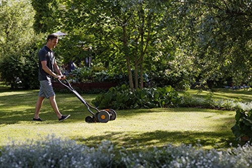 Fiskars StaySharp Plus Reel Mower, Cylinder Lawnmower with Blade-Free Cutting System, Cutting Width: 43 cm, Black/Orange/Silver, 1015649