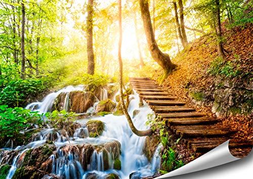 ARTBAY Wasserfall Wald Poster XXL, Kunstdruck - 118,8 x 84 cm, Traumhafter Weg über einen Wasserfall in einem von Sonne durchfluteten, zauberhaftem, heimischen Wald | Wandposter | Fotoposter