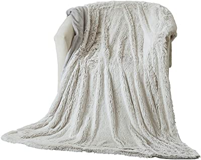 CHENFENG Super Soft, Long Velvet Blanket, Light-Weight and Easeful,Using Hypoallergenic Material, More Healthy (52''x67'', LightGray)