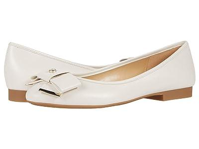 MICHAEL Michael Kors Belle Flex Ballet (Light Cream) Women