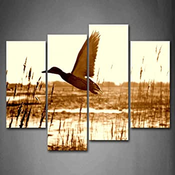 ArtWorks Décor E2346 Ducks Vintage Picture Made on Stretched Canvas Wall Art Decor Ready to Hang!