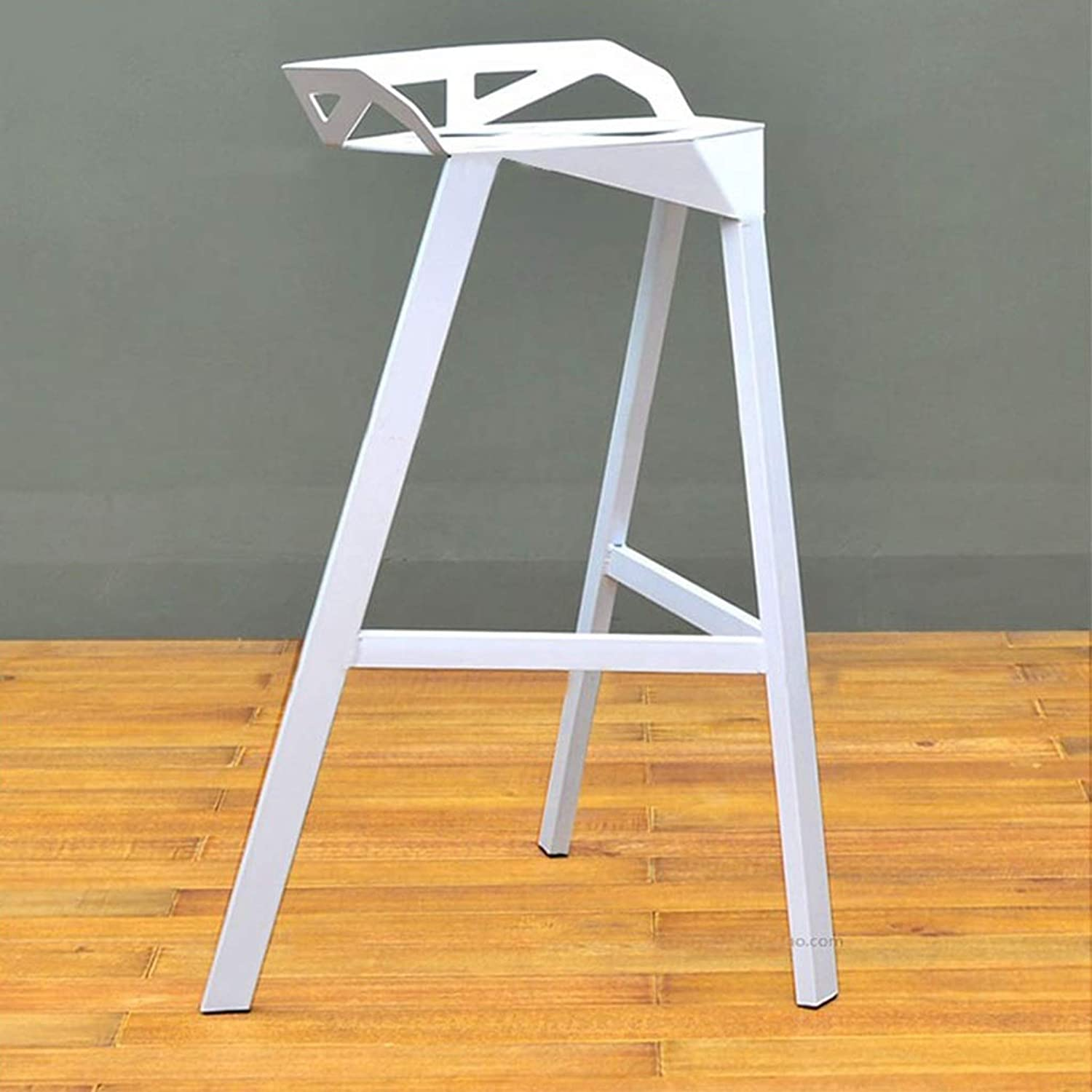 Industrial Style Bar Chair Personality Creative Design Iron Art Barstool Modern Simple Cafe Counter High Leg Stool 0522A (color   White, Size   75cm Seat Height)
