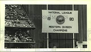 1981 Press Photo Houston Astros championship banner unveiled opening day.