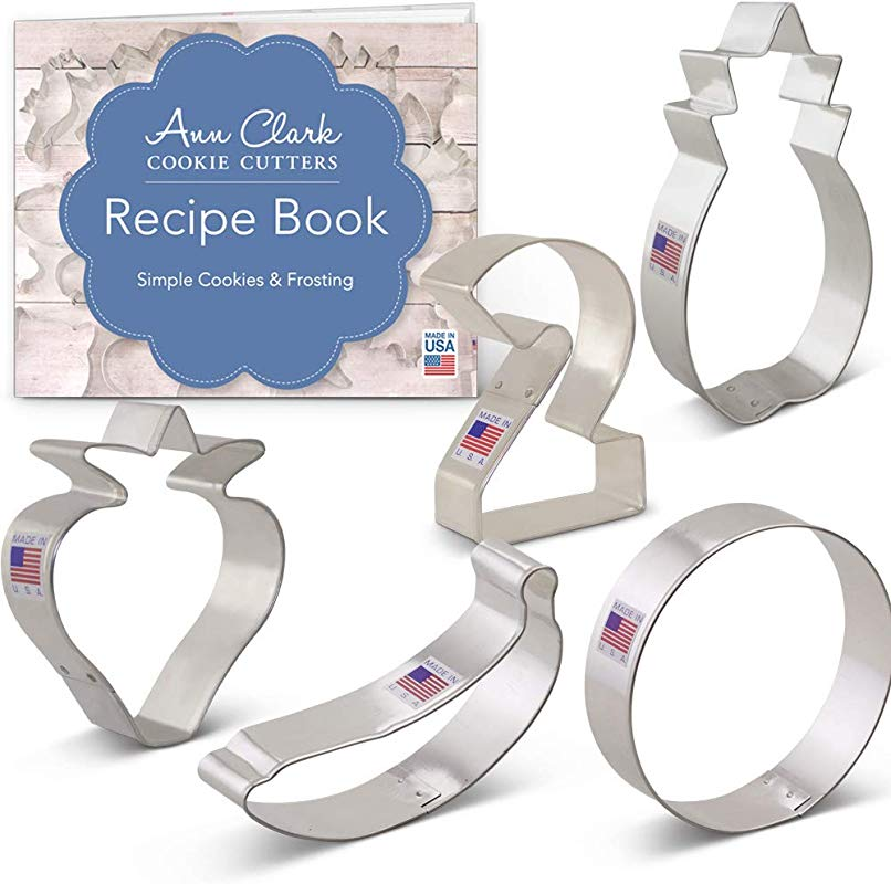 Ann Clark Cookie Cutters 5 Piece Twotti Fruitti Cookie Cutter Set With Recipe Booklet Large 2 Banana Strawberry Pineapple And Circle