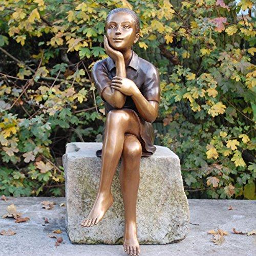 Kunsthandel Lohmann Sitzende Bronzefigur \'Mädchen Karola beim Nachdenken\'