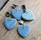 Bluebell Yard - Juego de 4 Pinzas para Mantel de Exterior, diseño de corazón, Color Azul y Gris