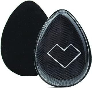 BLENDIVINE 是我们的混合海绵,帮助您使用单一工具来应用所有干爽化妆产品!