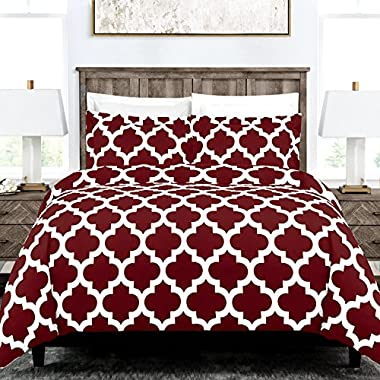 Egyptian Luxury Quatrefoil Duvet Cover Set - 3-Piece Ultra Soft Double Brushed Microfiber Printed Cover with Shams - Full/Queen - Burgundy/White