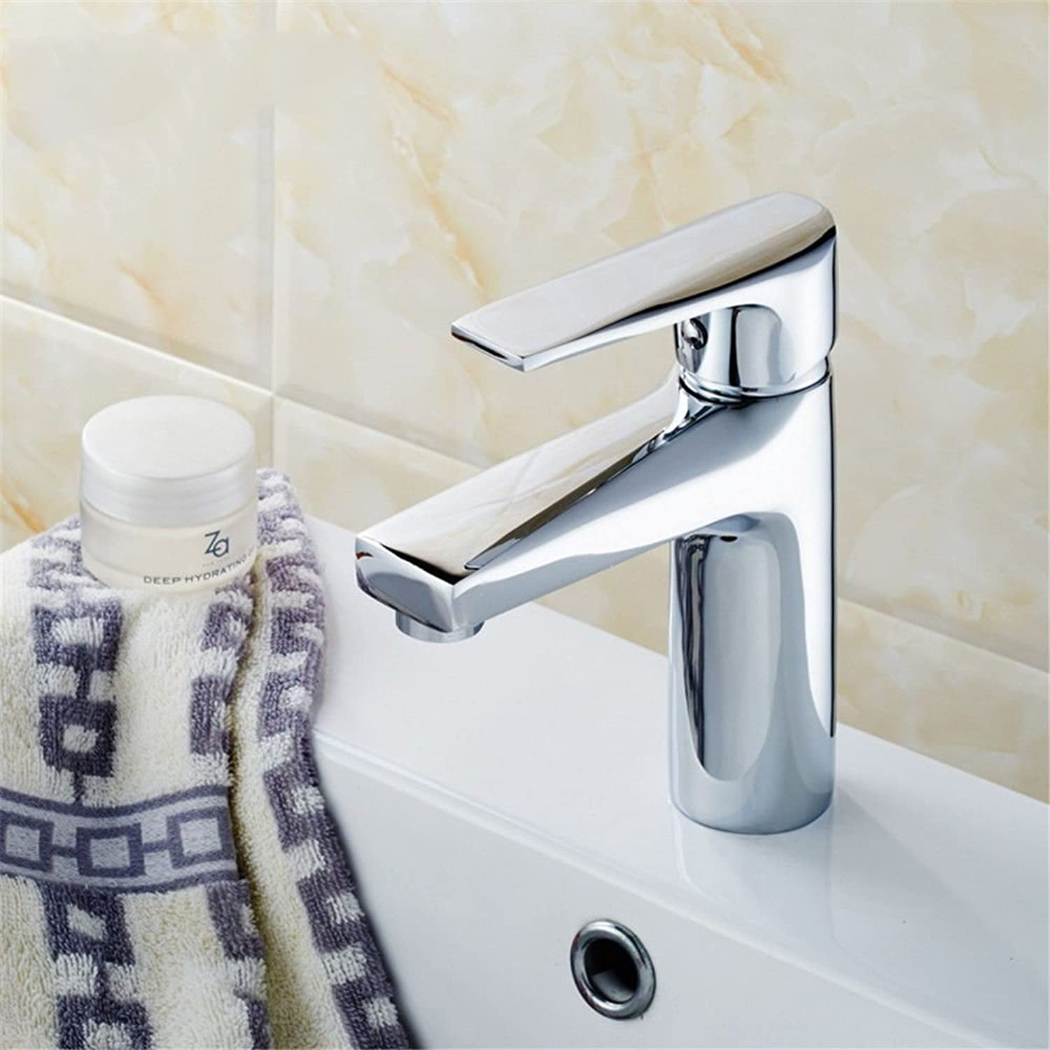 ETERNAL QUALITY Bathroom Sink Basin Tap Brass Mixer Tap Washroom Mixer Faucet Basin taps full copper hot and cold basin home-on-the-water tap on the bathroom sink Faucet