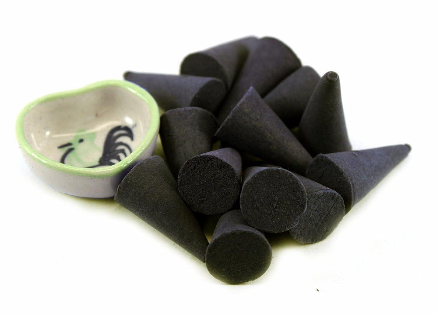 バラエティおばあさん支援するAgarwood Incense Cones with Burnerホルダー100ピースパックThaiEnjoy製品