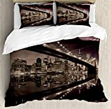 Ambesonne Landscape Duvet Cover Set, Brooklyn Bridge Sunset NYC View Skyline Tourist Attraction Modern City, Decorative 3 Piece Bedding Set with 2 Pillow Shams, Queen Size, Brown Rose