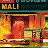 African Pearls 3: One Day on Radio Mali