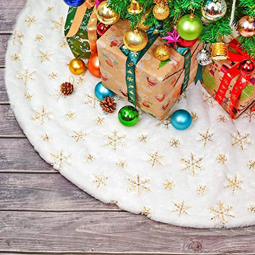 HusDow 35inch Christmas Tree Skirt,Plush Fax Fur Snowy White Xmas Tree Skirts with Gold Snowflakes Sequins, Xmas Tree Holiday Decoration