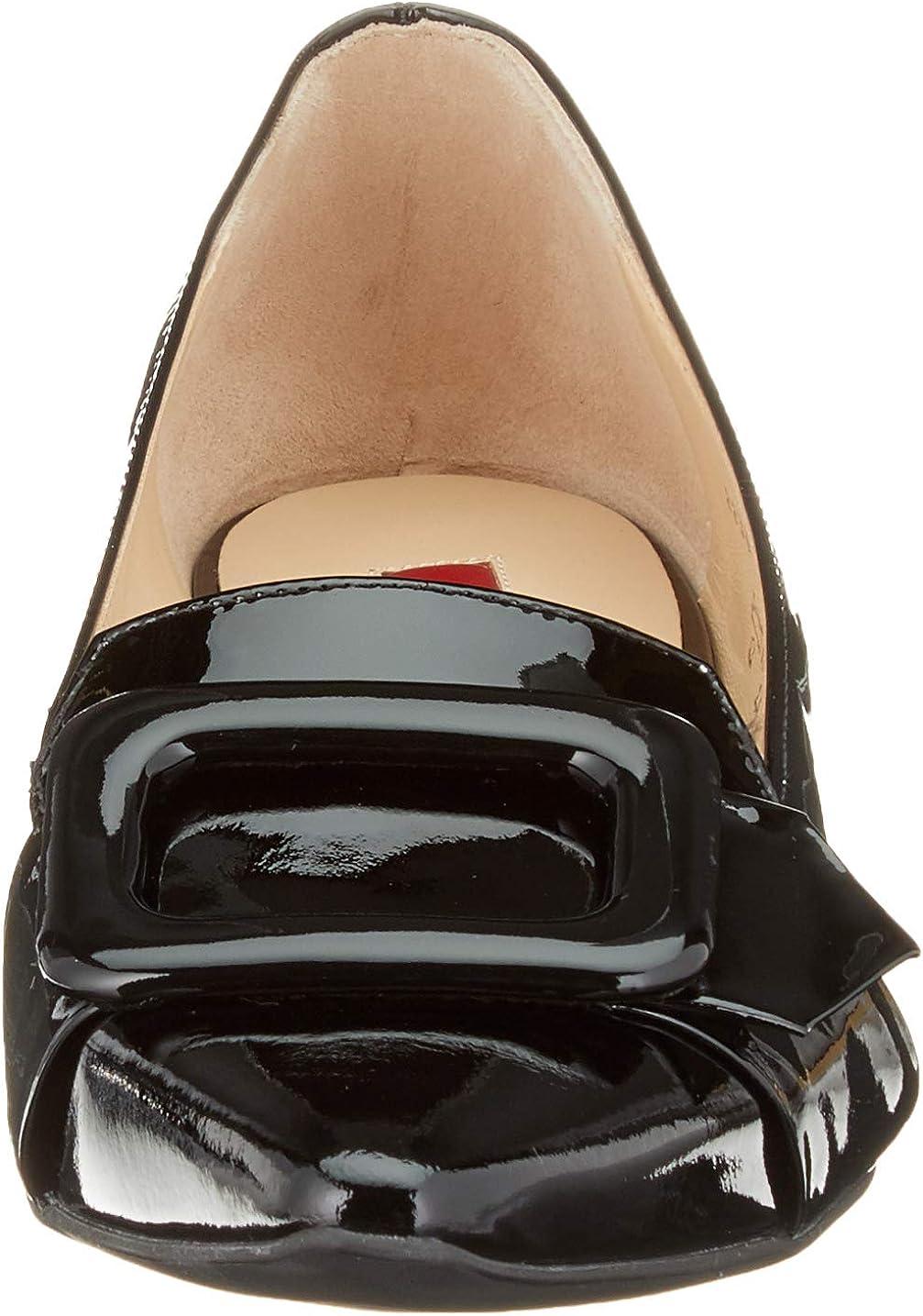 H/ÖGL Womens Essential Closed Toe Ballet Flats