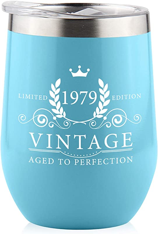 1979 40th Birthday Gifts For Women Men Splash Proof 12 Oz Stainless Steel Wine Tumbler Funny Gift Ideas For Her Wife Mom Grandma Him Dad Insulated Wine Glass For Party Decorations Blue 1979