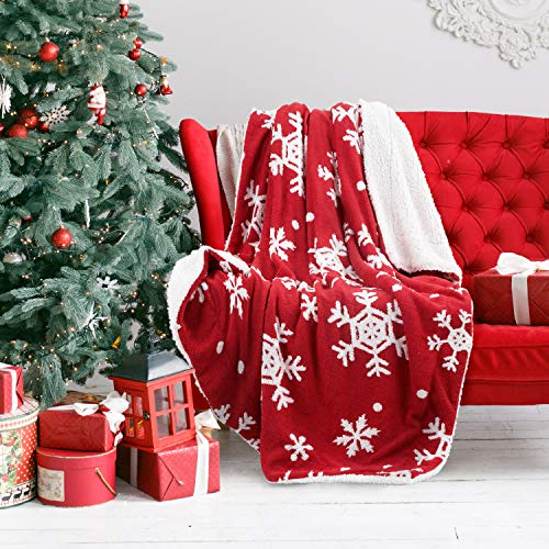 Christmas Holiday Sherpa Fleece Blanket Snowflake Red and White