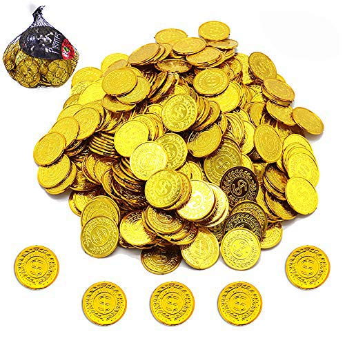 150Pcs Plastic Play Coins Gold Pirate Treasure Hunt Coins Toys for Kids Party Theme Props Decoration,Party Favor Lucky Draw Games Plastic Gold Coins Great for Kids Toddlers Teachers