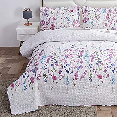 Summer Lightweight Thin Floral Quilts Queen/Full Size,Purple Blue Lilac Flowers Green Leaves Botanical Bedspread Coverlet Set,Breathable Bed Cover with Standard Pillow Shams,Random Patterns from Green Essen
