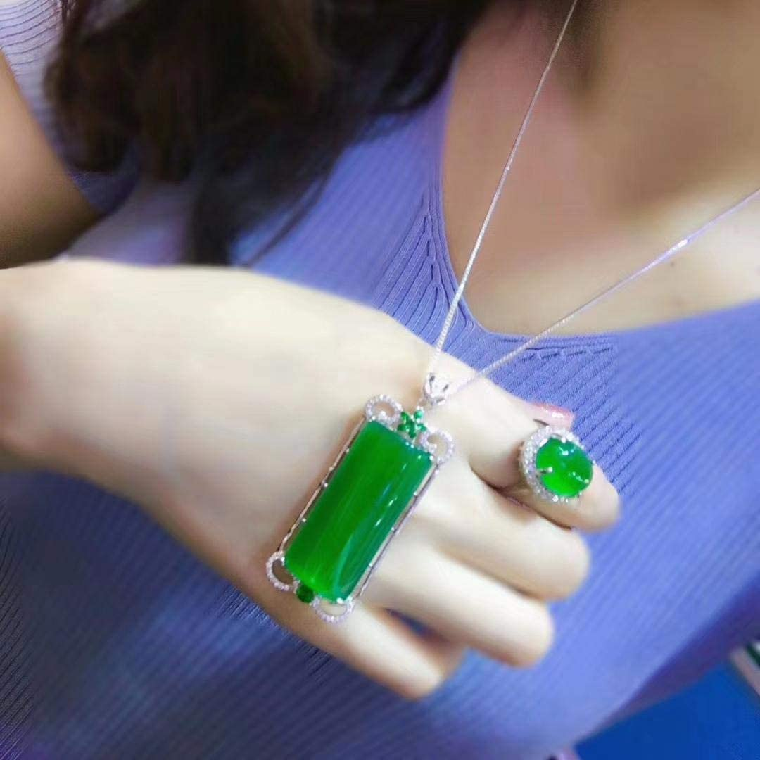 Luxury Green Jade Emerald Many popular brands Necklace Inventory cleanup selling sale Silver Ring 925 Sterling Jewe