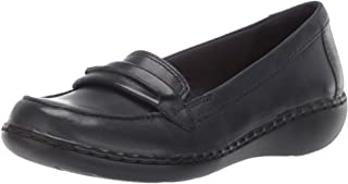 Clarks Womens Ashland Lily Closed Toe Loafers