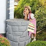 Regentonne Märchenbrunnen granit-grau 330l, FROSTSICHERES Regenfass mit stabilem Deckel und Wasserhahn, schöner und fast unverwüstlicher Regenspeicher, echte Steinstruktur, wie gemauert