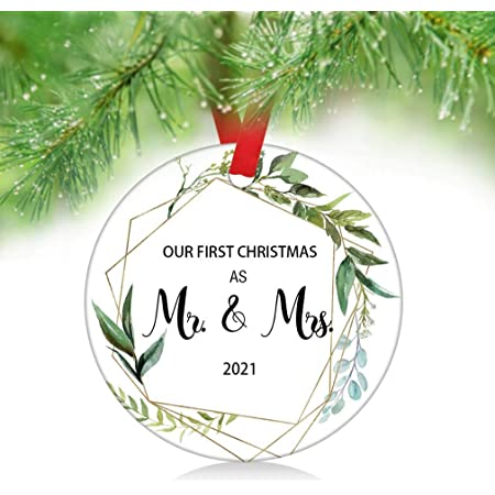 My First Christmas Ornament 2021 Amazon Com Zunon 2021 Our First Christmas As Mr Mrs Couple Married Wedding Decoration 3 Ornament Green Leaves As Mr Mrs Kitchen Dining