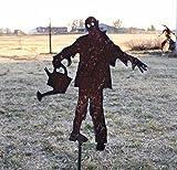 Zombie garden stake - Metal zombie art - Zombie gardener yard maker - Undead yard stake - Metal yard garden planter stake - Rusted zombie