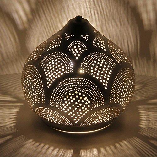 Casa Moro orientalische Tischlampe aus Metall Marwa D22 Silber in Tropfenform mit E14 Fassung | Kunsthandwerk aus Marokko | Echt versilberte Stehlampe wie aus 1001 Nacht