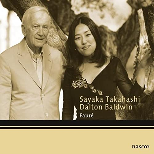 Viii Dans Un Parfum De Roses Blanches By Sayaka Takahashi And