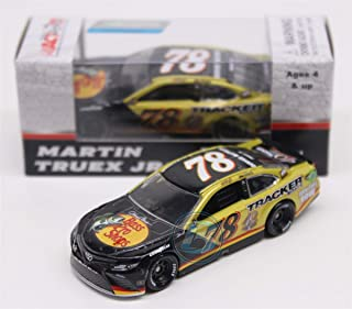 Lionel Racing Martin Truex Jr 2017 Bass Pro Shops/Tracker Boats 40th Anniversary 1:64 Nascar Diecast