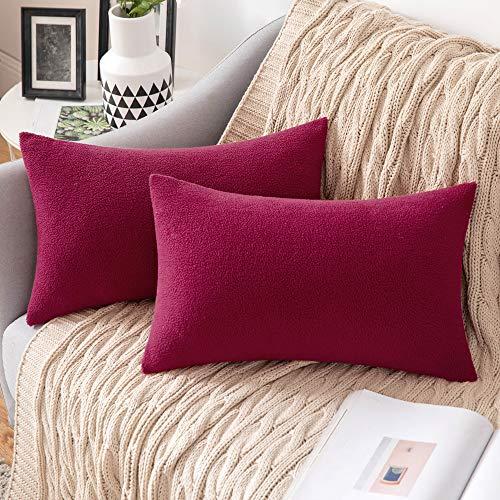 MIULEE - Juego de 2 fundas de almohada decorativas de forro polar para sofá, cama, 30,5 x 50,8 cm, color rojo vino