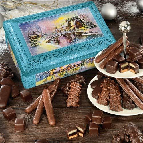 Wintertraum Metall Truhe: Feinste Aachener Printen, saftige Lebkuchen -Fruchtstäbchen und leckere Dessert-Dominos sind ihr prächtiger Inhalt. Bereiten Sie mit dieser Truhe winterliche Freuden! Maße: 18,5x28,5x10 cm. €24,71/kg