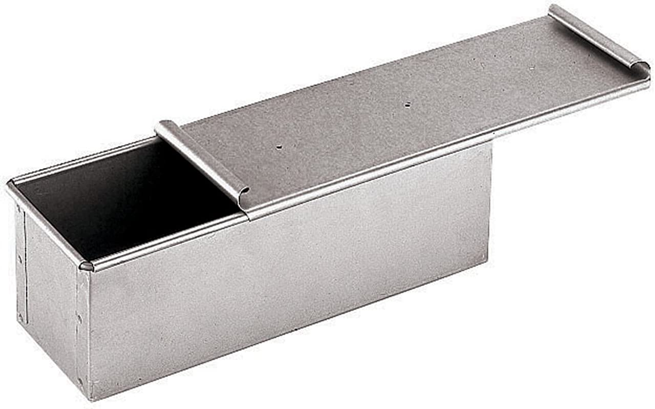 Paderno World Cuisine 15 75 By 4 Inch Aluminized Steel Bread Pan With Cover