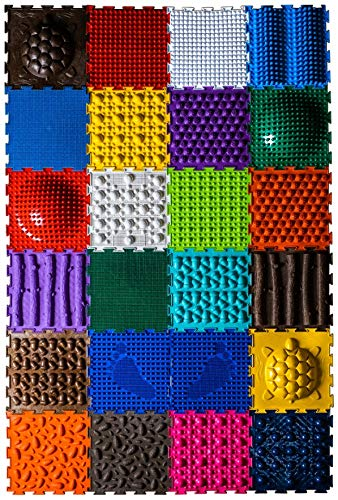 Orthopädische Fußmatten mit 24 Kacheln für die Verbesserung der Gesundheit von Kindern und für Kinderspielen; EIN Satz von Puzzle-Fußmatten für Familienspiele mit Kindern mit Massagefunktion.