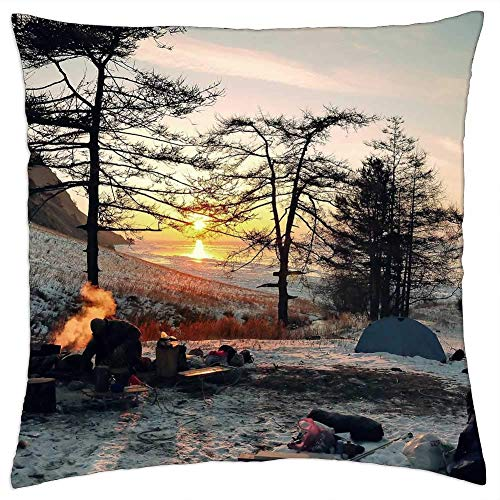 ETGeed Wintry Camping Adventure Outdoor Camp Leisure Throw Pillow Covers For Sofa Couch Bed Home Decoration, 18 x 18 Inch