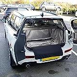 UK Custom Covers BL252 Tapis de Coffre sur Mesure - Noir