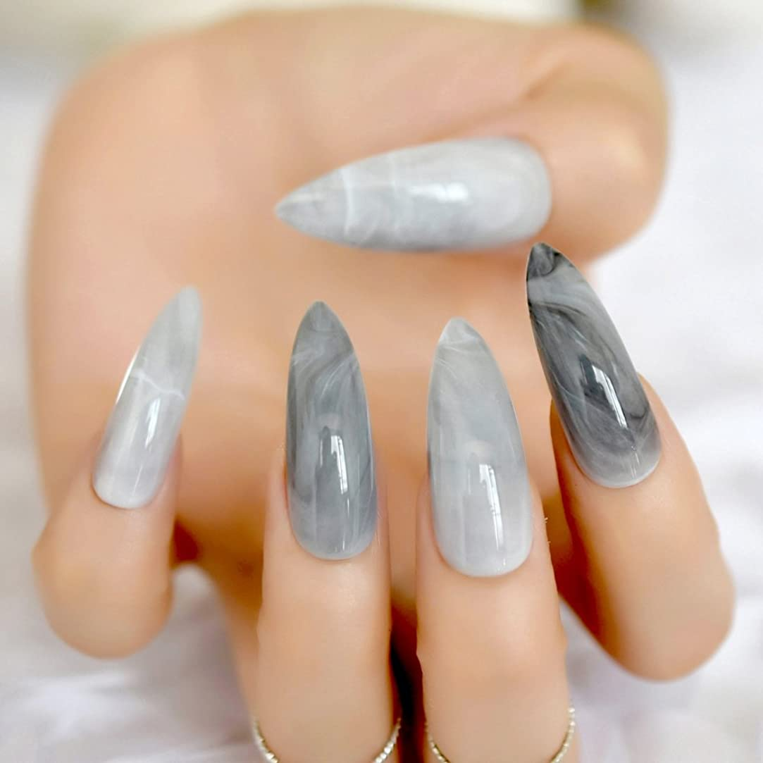 富豪滑りやすい強化XUTXZKA スティレットグレーの大理石の偽の爪の石のパターンは指24のための偽の爪に暗い光沢のある長押しを指摘