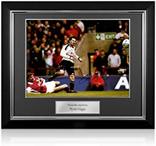 Deluxe Framed Manchester United Legends Exclusive Memorabilia Ryan Giggs Signed Photo