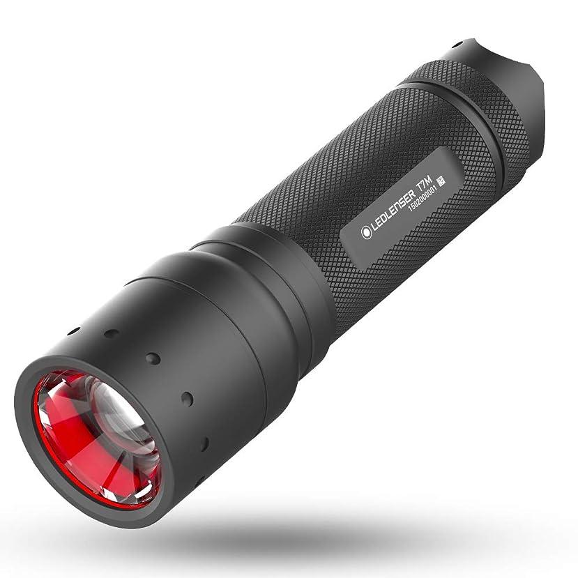 おかしい犯罪鳥Ledlenser(レッドレンザー) LEDフラッシュライト T7M 日常/作業用/定番サイズ 【明るさ約400ルーメン】 【最長7年保証】 単4乾電池(AAA) x4本 [日本正規品] 9807-M