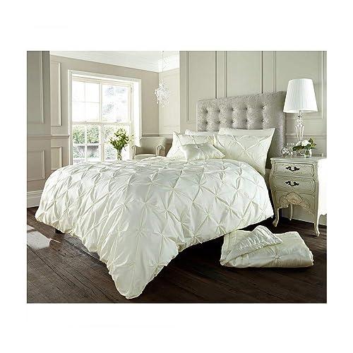 Cream Bedding Sets