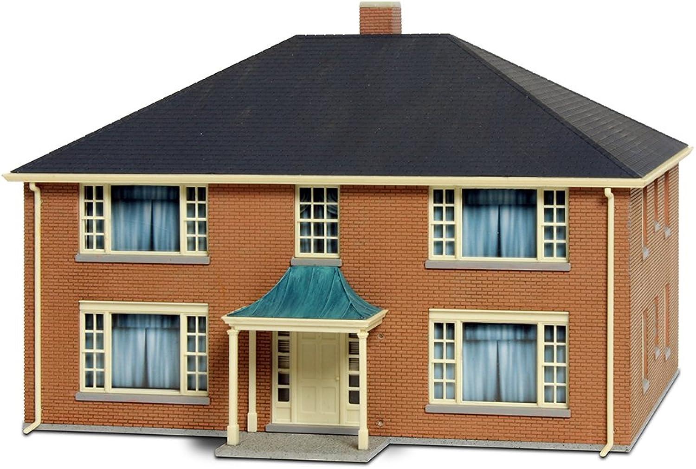 Walthers Cornerstone 4-Unit Apartment Building Kit